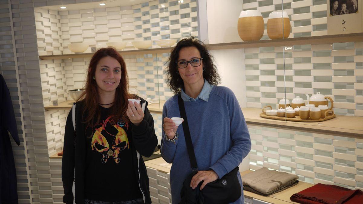 La cerimonia del tè e la cerimonia di vendita